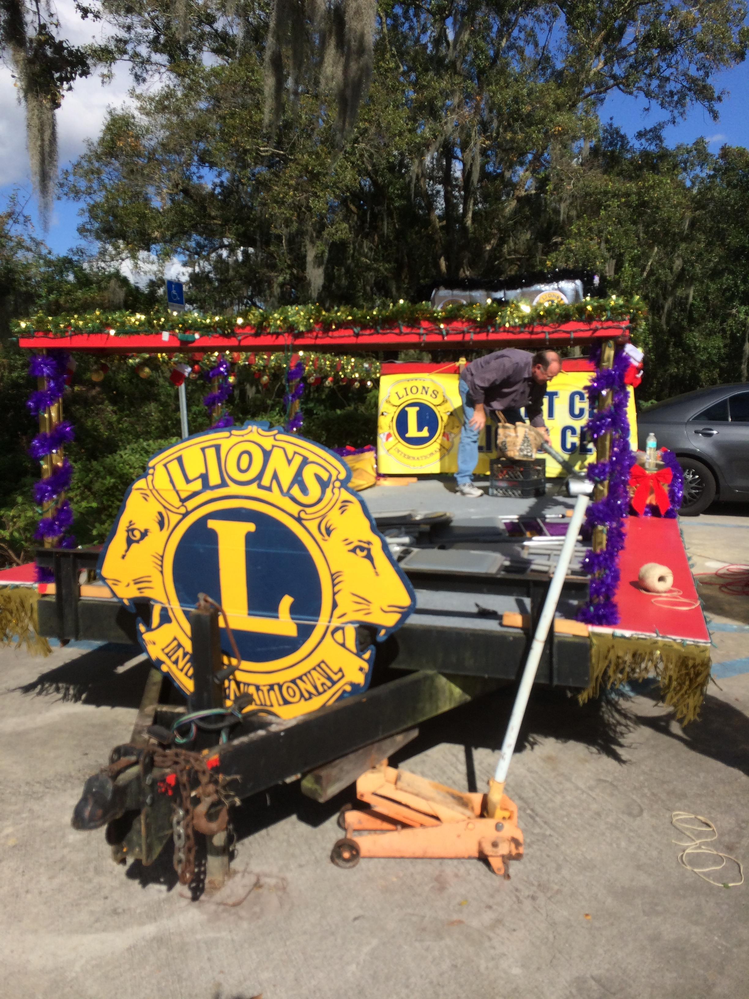 Getting The Lions Club Trailer Ready At Walden Lake Car Wash For The Christmas Parade